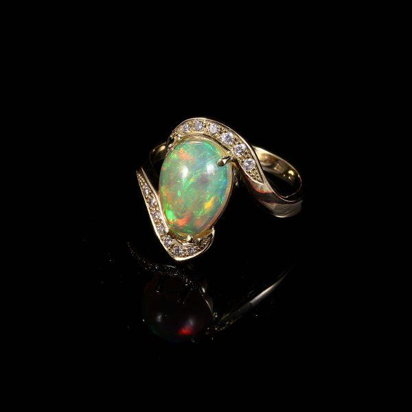 Opál gyémánt Arany gyűrű 2.01 ct