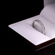 Gyémánt karikagyűrű 0.32 ct
