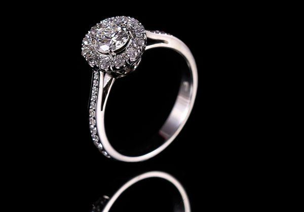 Multiköves eljegyzési gyémánt gyűrű
