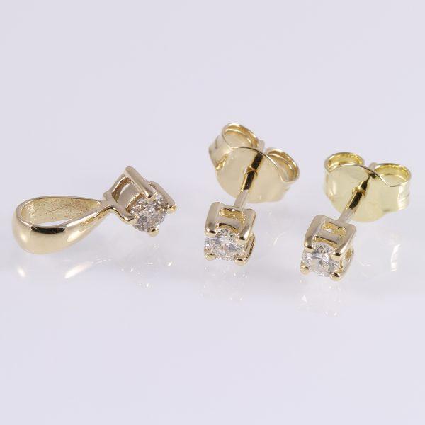 Gyémánt garnitúra 0.325 ct