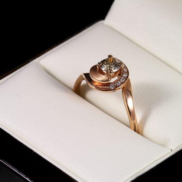 Eljegyzési gyémánt gyűrű 0.452 ct