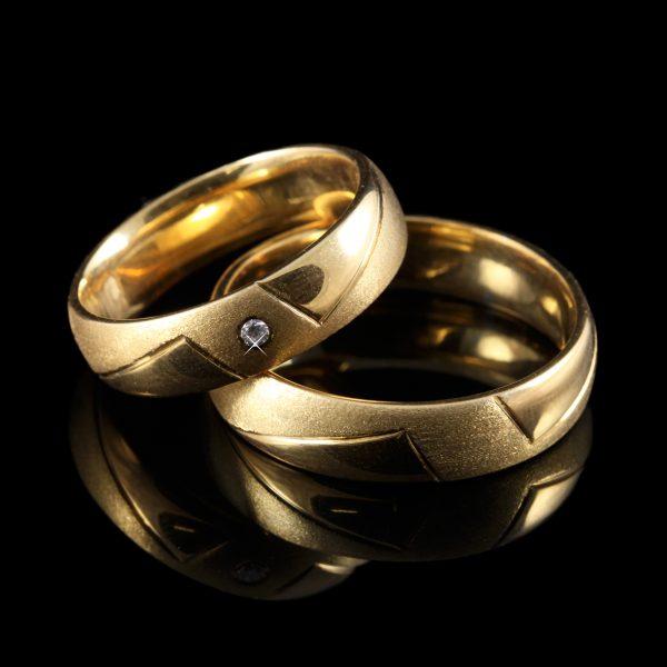 Gyémánt karikagyűrű 0.04 ct