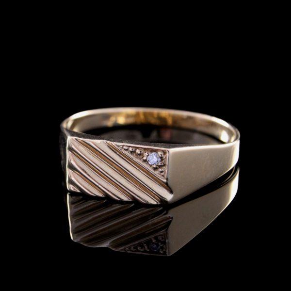 Férfi gyémánt arany pecsétgyűrű 0.02