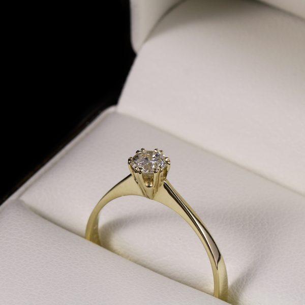 Eljegyzési gyémánt gyűrű 0.36 ct