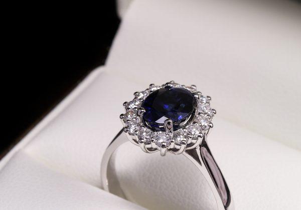 Eljegyzési gyémánt zafír gyűrű 2.93 ct