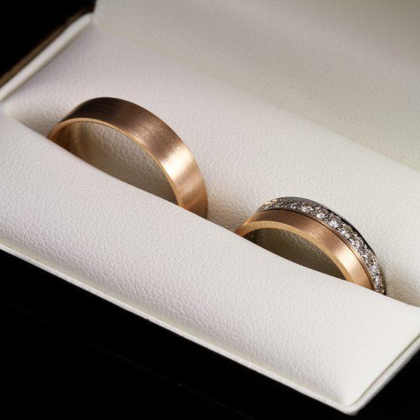 Gyémánt karikagyűrű 0.345 ct