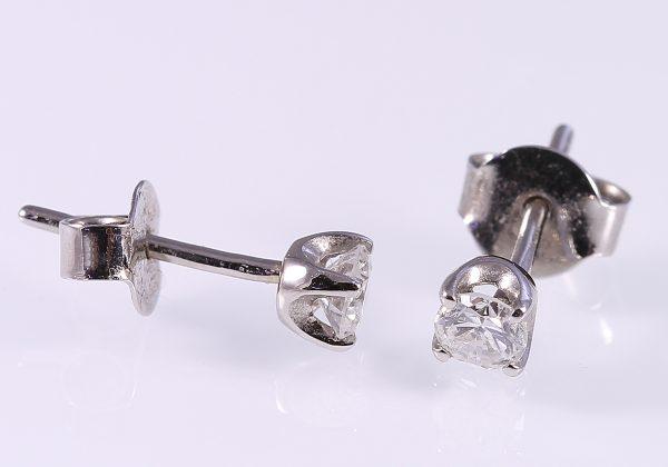 Gyémánt fülbevaló 0.31 ct