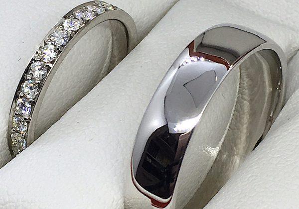 Félig körbe köves gyémánt karikagyűrű 0.40