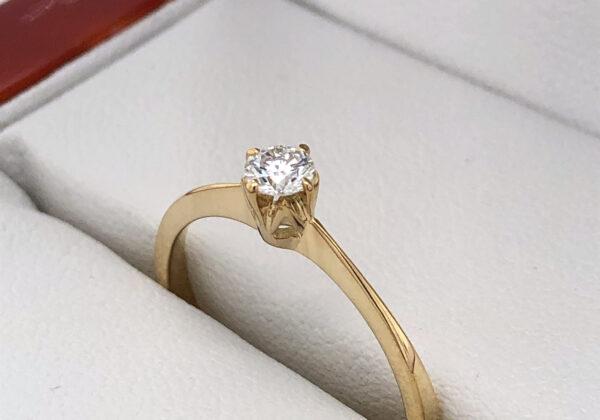 Eljegyzési gyémánt gyűrű 0.16ct