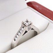 Eljegyzési gyémánt gyűrű 0.48 ctv
