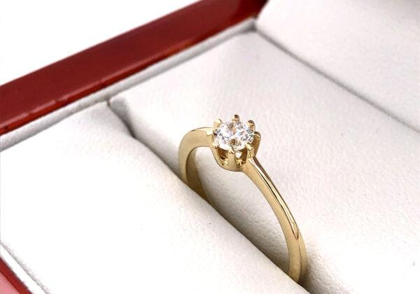 Fehér arany eljegyzési gyémánt gyűrű 0.26 ct.